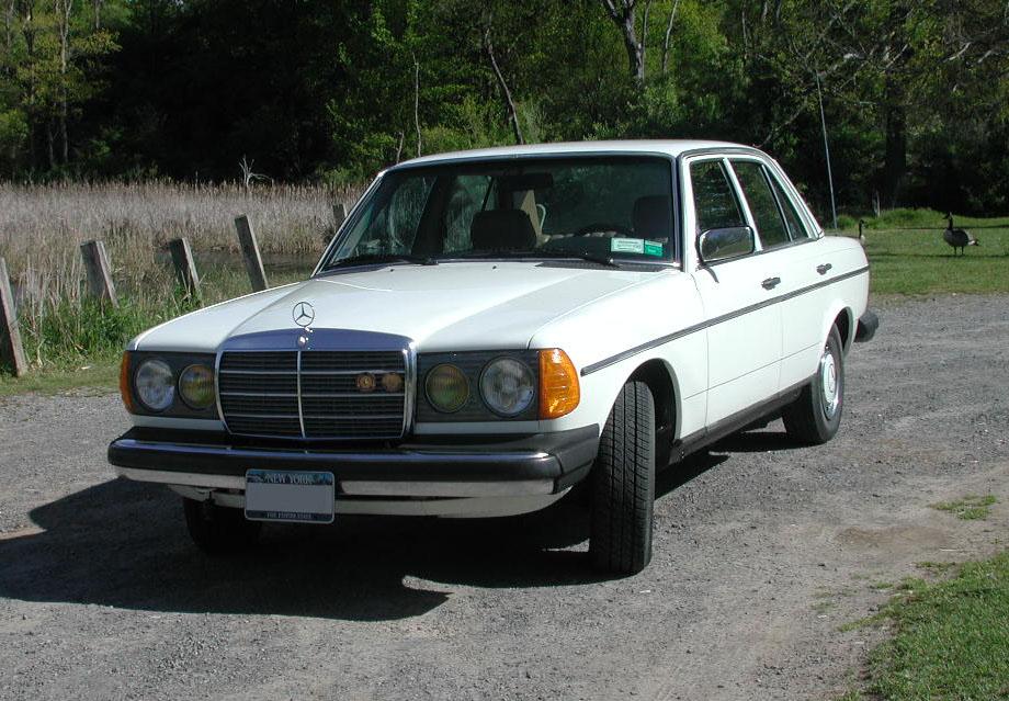 Mercedes benz for Mercedes benz manhattan inc