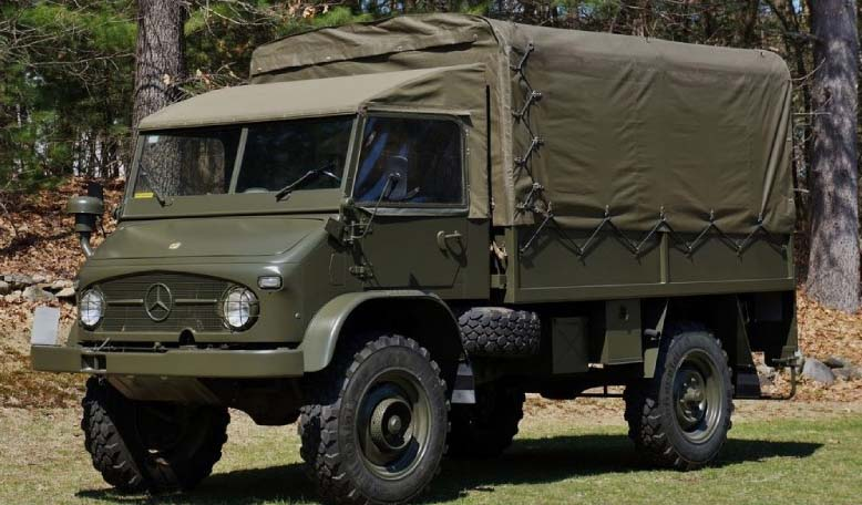 mb_UNIMOG_404S_1969_Swiss_Army_troop_car