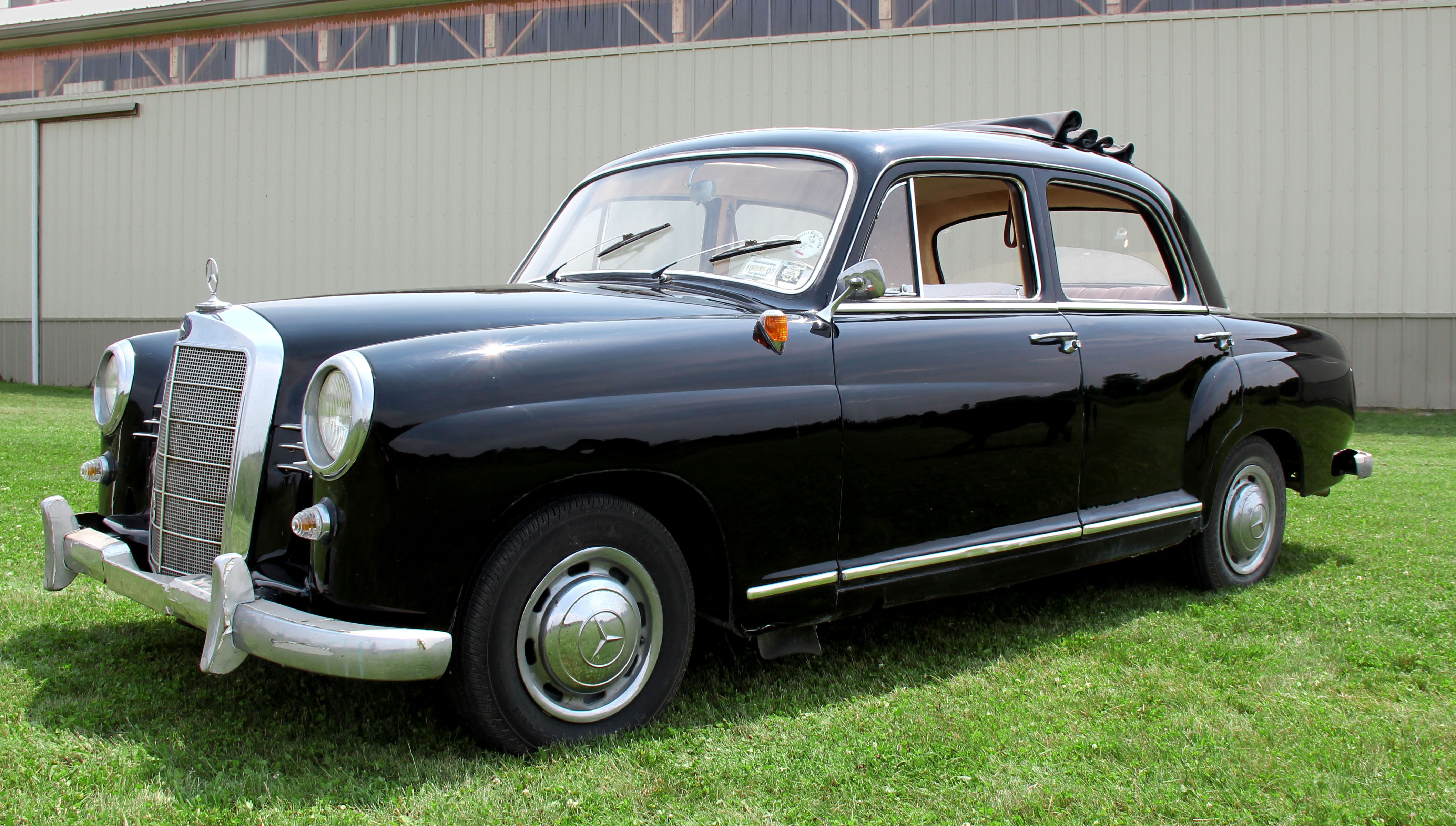 classic c motors car cars sale at a robbie for dealer benz t used class cape avantgarde mercedes tripp town