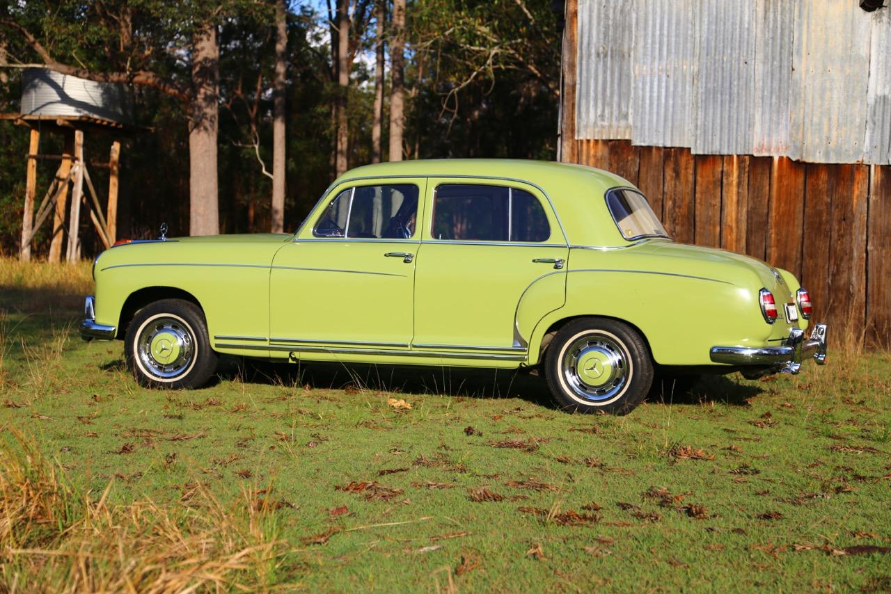 robert pearce 39 s 1958 mercedes benz type 220s ponton sedan. Black Bedroom Furniture Sets. Home Design Ideas